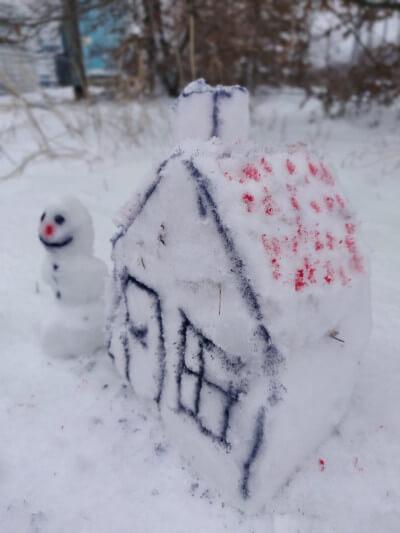 Schneefiguren bauen